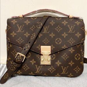 Handbags - Louis Vuitton 10 x 8 x 4 Brown